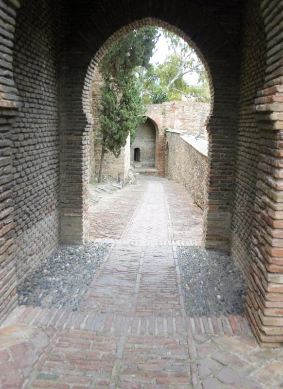 Doorgangen in het Alcazaba.