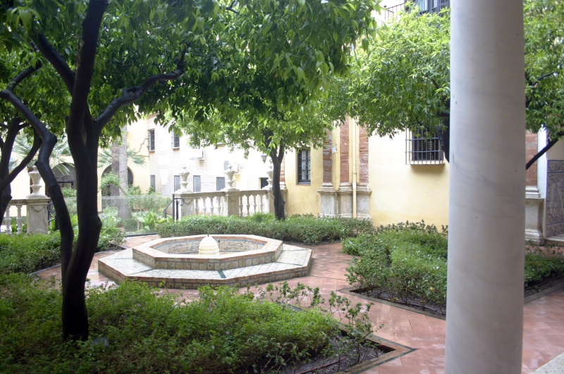 De binnentuin van het bisschoppelijk paleis.