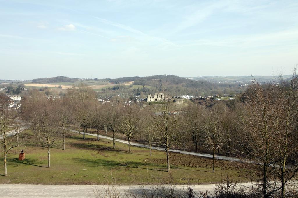 Uitzicht vanuit het Kurpark over de omgeving van Valkenburg.