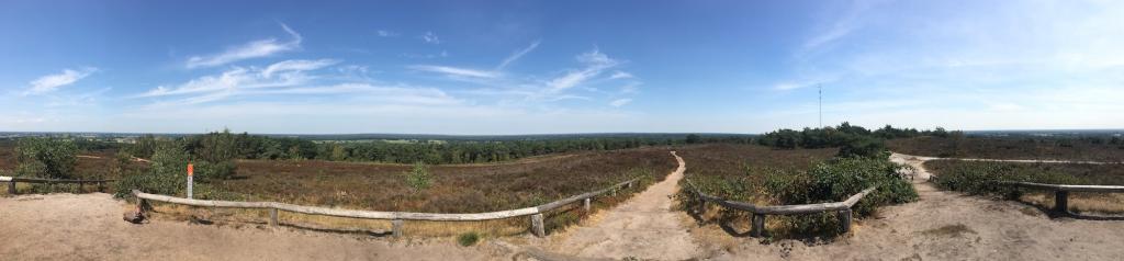 Een panorama-view op een van de bergen