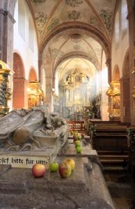 Het graf van Hermann Josef von Steinfeld