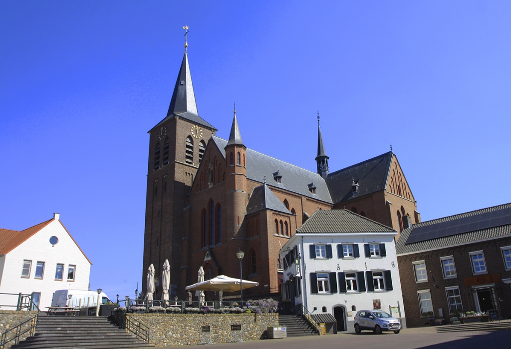 De kerk in Neer