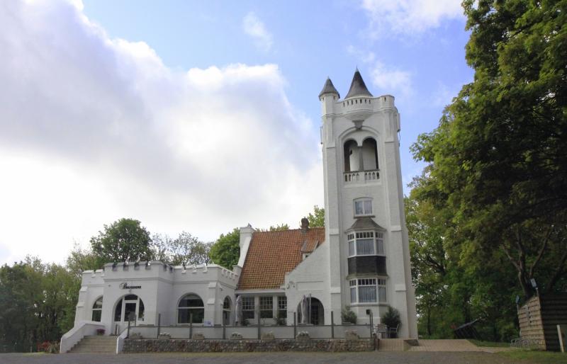 De Belvedère toren op de Kemmelberg