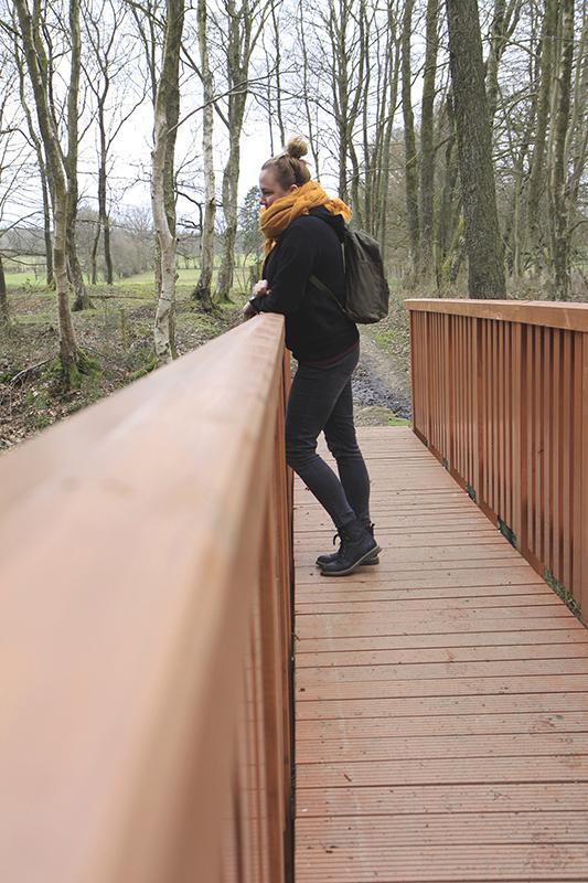 Linda op de brug